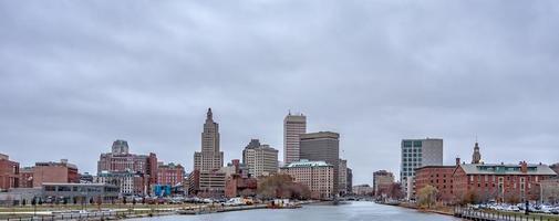 providência Rhode Island horizonte em um dia nublado e sombrio foto