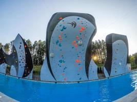 parede escalando piscina profunda no centro nacional em charlotte foto