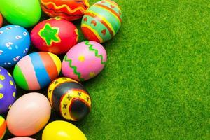 ovos de páscoa felizes foto