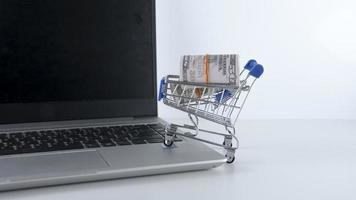 conceito de desconto de venda de compras foto