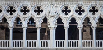 veneza, itália - detalhe do palácio ducal foto