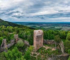 castelo medieval landsberg em vosges, alsácia, frança foto