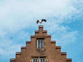 edifício na cidade medieval de rouffach na alsácia, frança foto