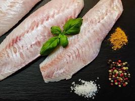 filé de peixe sebastes norvegicus vermelho pargo foto