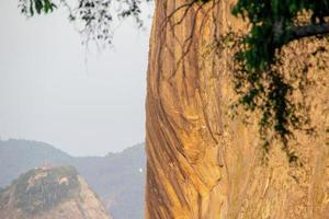 pedra do morro da urca no rio de janeiro foto
