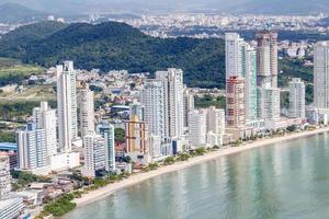 praia da cidade de balneário camboriú em santa catarina, brasil foto