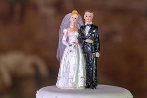 bonecos de decoração para bolo de casamento com noiva e noivo foto