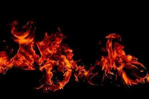 fogo chamas no fundo preto da arte abstrata foto