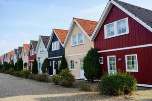 moradias de madeira como casas de férias na dinamarca foto