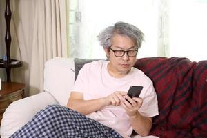 comunicação via smartphone foto