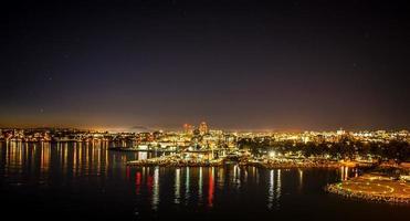 noite na cidade de victoria british columbia canadá foto