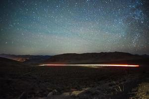 longa exposição filmada ao pôr do sol em red rock canyon perto de las vegas foto