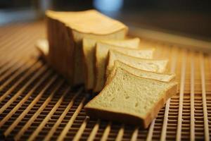 pão torrado, produtos de panificação foto