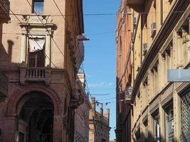 vista do antigo centro da cidade em Bolonha foto