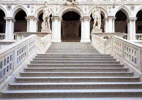 escada em veneza foto