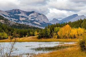 Parque provincial de Bow Valley Alberta Canadá foto