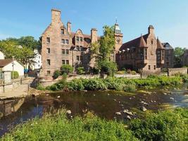 água do rio Leith em Dean Village em Edimburgo foto