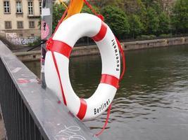 bóia salva-vidas em berlim foto
