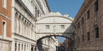 ponte dos suspiros em veneza foto