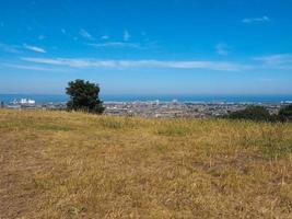 vista aérea de edimburgo de calton hill foto