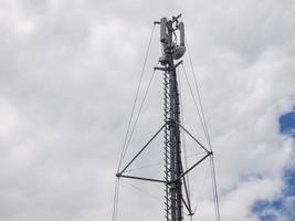 antenas de torre de comunicação foto