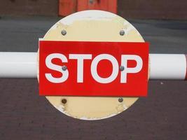 sinal de parada vermelho foto