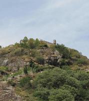 ruínas do castelo em pont saint martin foto