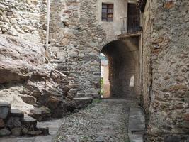 vista do centro antigo de settimo vittone foto