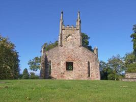 velha igreja paroquial de Cardross foto