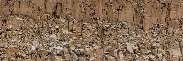 vista panorâmica de formações rochosas nas montanhas rochosas do Colorado foto