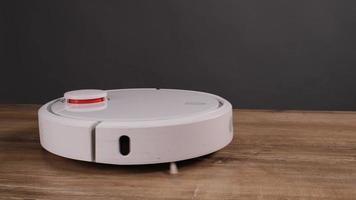 robô aspirador de pó foto