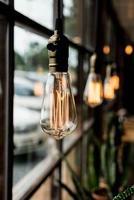 bela decoração de lâmpada de luz foto