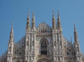 duomo significa catedral em milão foto