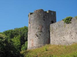 ruínas do castelo chepstow em chepstow foto