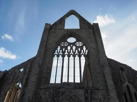 Abadia de Tintern Abaty Tyndyrn em Tintern foto