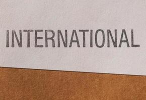 etiqueta internacional em papel foto