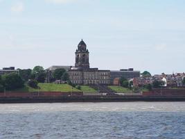 vista de Birkenhead em liverpool foto