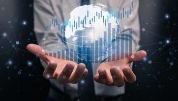 progresso ou sucesso, empresário ou comerciante, investindo em ações em crescimento foto