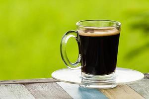 café preto no fundo da natureza. foto