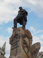 monumento garibaldi em turin foto