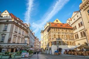 edifícios históricos na cidade velha de praga, na república checa foto