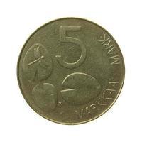 moeda finlandesa vintage isolada foto