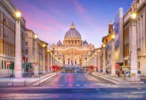 catedral de são pedro em roma, itália foto