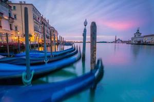grande canal em veneza, itália foto