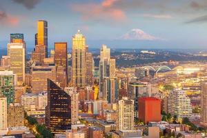 paisagem urbana da cidade de Seattle no centro da cidade no estado de Washington, EUA foto