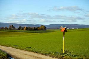 área de fazenda verde campo na natureza foto