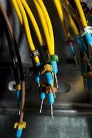 fios e linhas de equipamentos de energia elétrica industrial foto
