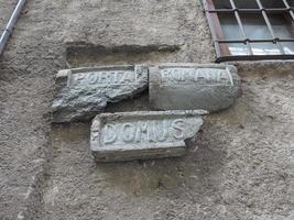 estrada romana antiga assinar em donnas foto