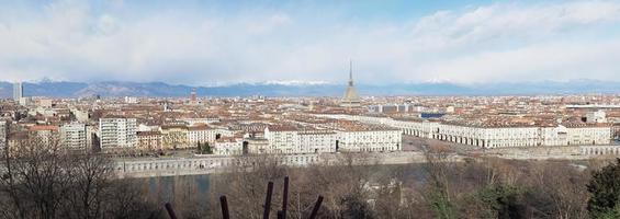ampla vista aérea panorâmica de turin foto