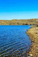 ao longo da costa no pequeno parque provincial de Bow em Alberta, Canadá foto